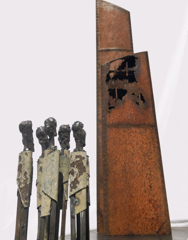 Steel sculpture by Tony O'Keefe. Artist from Queenstown New Zealand